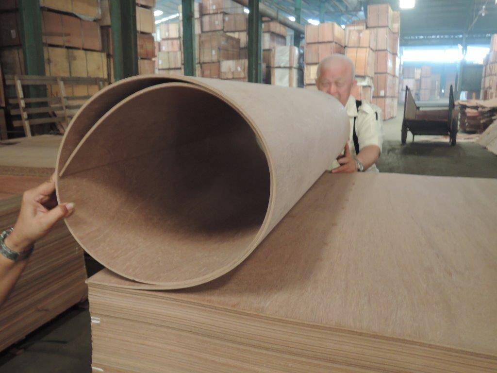 Bending Luan, one of the many specialty items Argo offers.